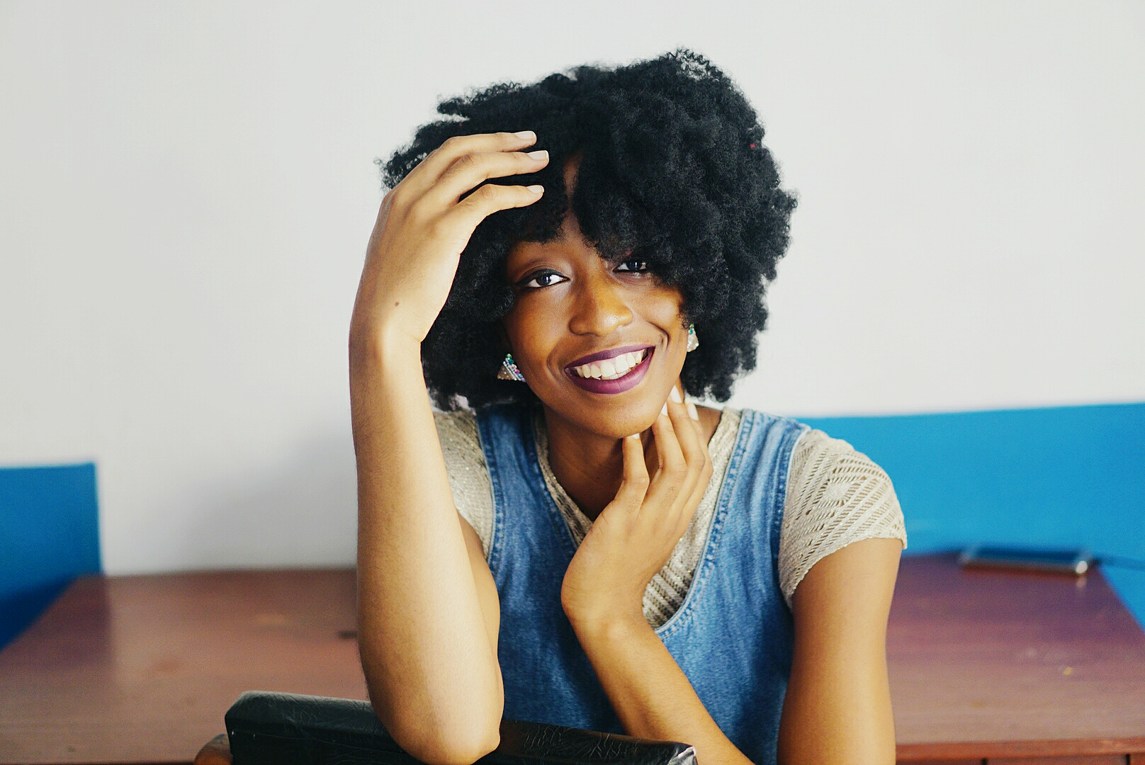 Life Lately blog post, Nigerian Fashion and lifestyle blogger Cassie Daves in big fro smiling broadly