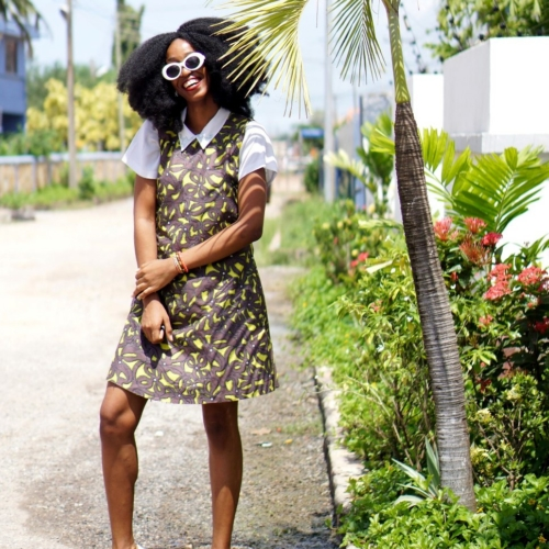 Nigeria fashion and lifestyle blogger Cassie daves in ankara shift dress, Ankara style