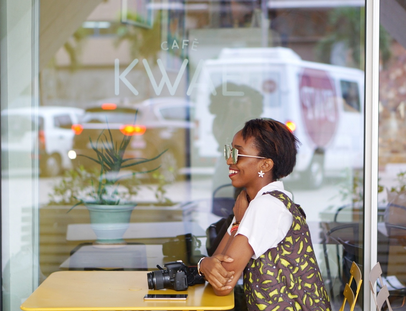 Life lessons - Nigerian blogger Cassie daves sitting at cafe kwae in Accra