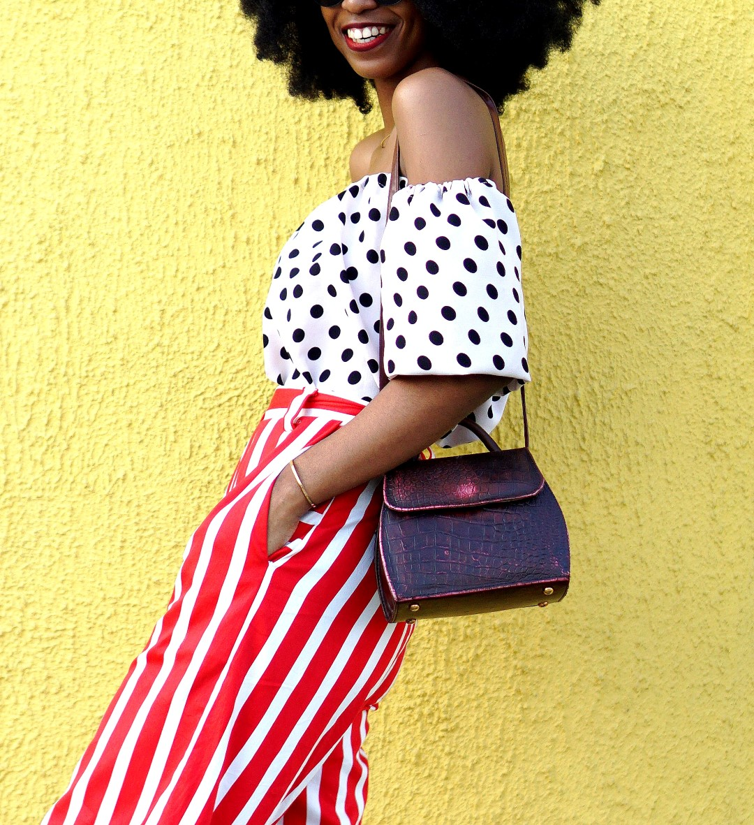 Nigerian fashion blogger Cassie Daves In mixed prints fashion trend
