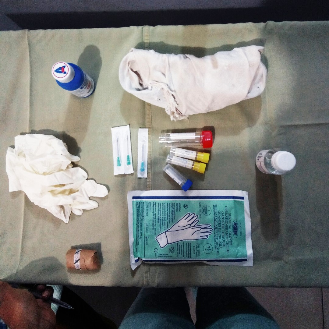 Table setup for lumbar puncture