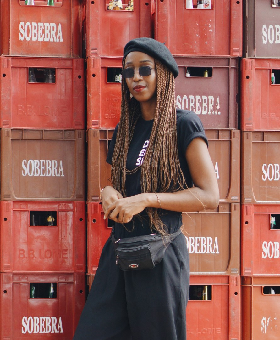 90f8cdaa52d80 Monochrome Fashion   An Edgy Way To Style The All Black Outfit.