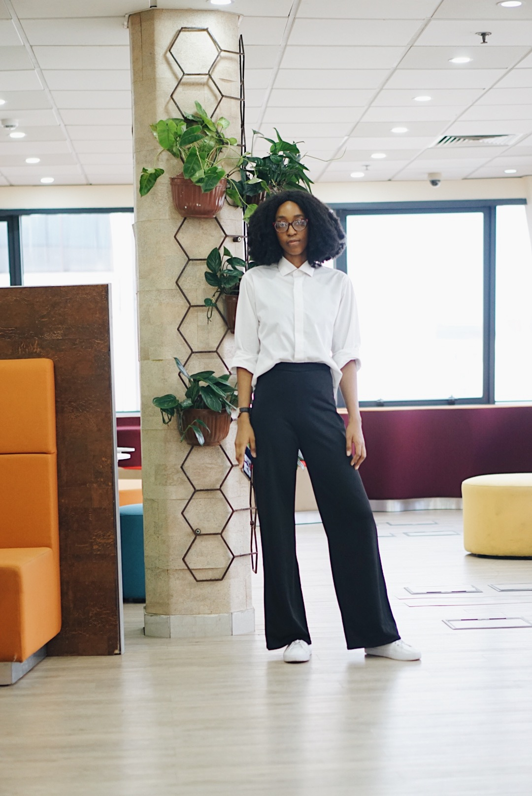 Cassie daves in monochrome outfit - work style inspiration